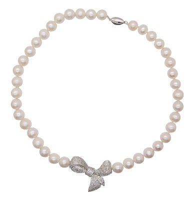White Pearl Necklace with Large Bow