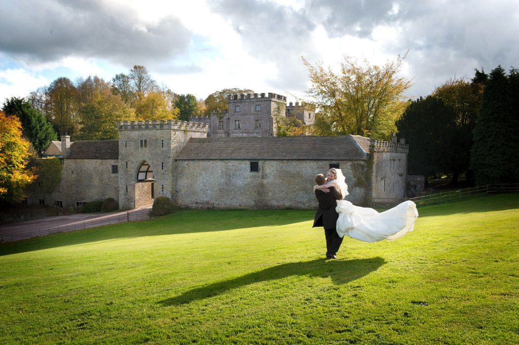 clearwell-castle-couple-twirling